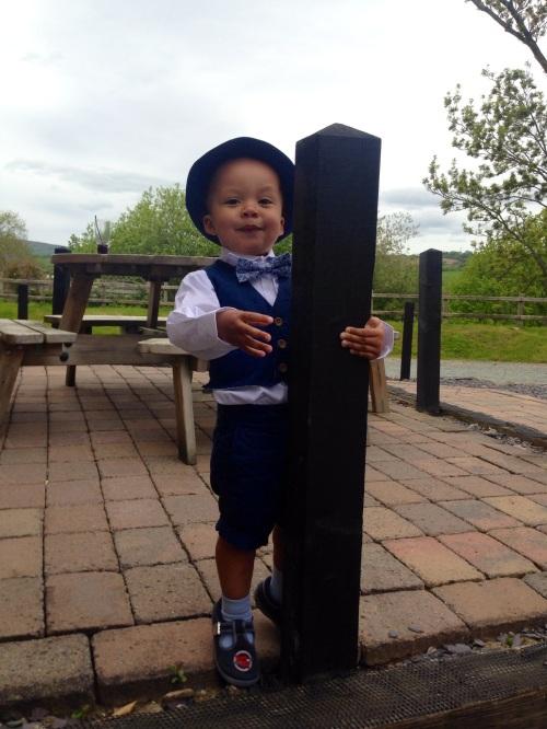 Tyrolean Boy dances with Pole.