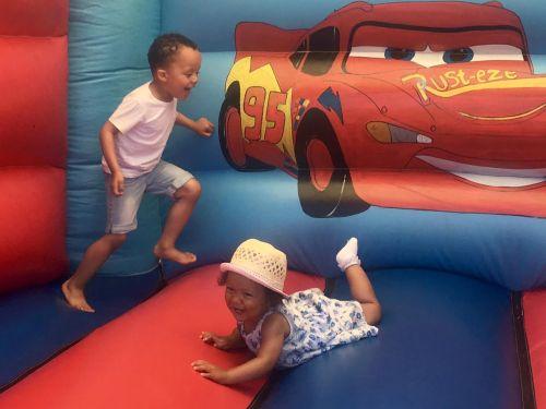 bouncy 4